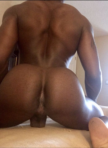 Black Gay Male Rent boy That big booty one Hustla Ad Lets freak and have a good time