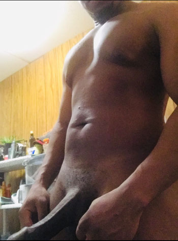Black Gay Top Escort King_Kari DL Hookup Enjoy yourself best time